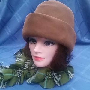 Vintage hat bt Sally Victor